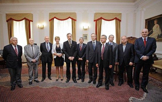 Minister kultury Bogdan Zdrojewski oraz członkowie Rady i Międzynarodowej Rady Centrum Polsko-Rosyjskiego Dialogu i Porozumienia