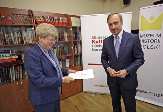 Minister kultury Bogdan Zdrojewski wręczył powołania członkom nowej Rady Muzeum Historii Polski