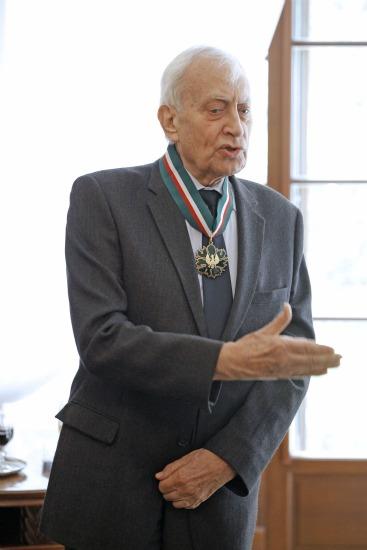 Złota Gloria Artis dla prof. Piotra Skubiszewskiego