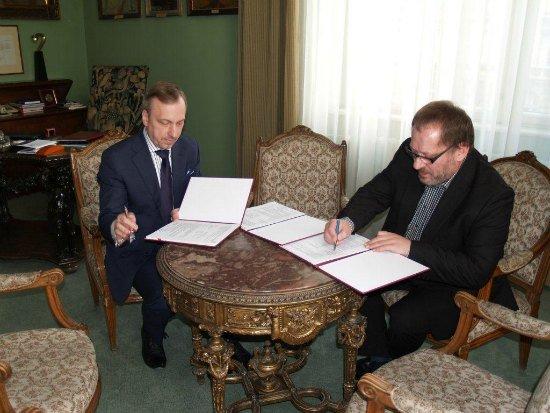 Uroczystość podpisania umowy z udziałem ministra Bogdana Zdrojewskiego oraz JM Rektora,  prof. Stanisława Tabisza
