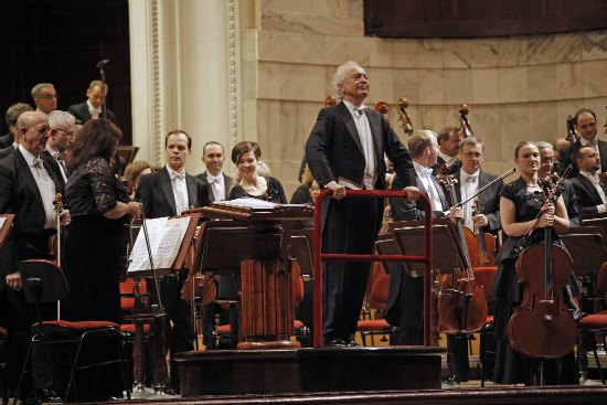 Obchody stulecia urodzin Witolda Lutosławskiego z udzialem Orkiestry Symfonicznej Filharmonii Narodowej pod batutą Antoniego Wita.
