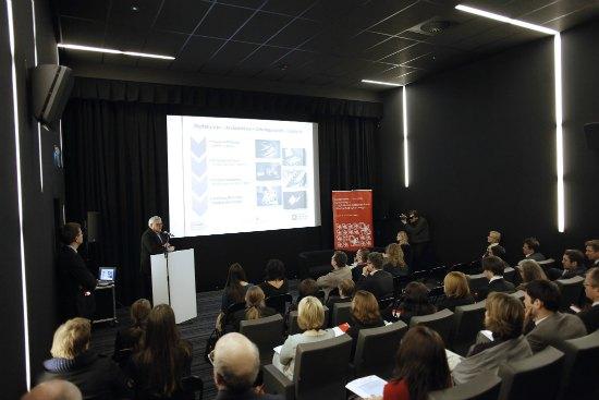 """""""Budowanie potencjału kulturowego – digitalizacja i udostępnianie dziedzictwa kulturowego"""""""