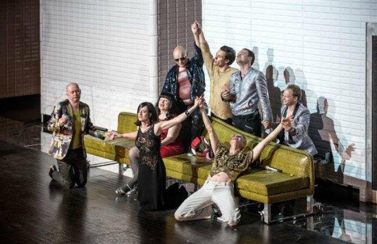 """""""Kabaret warszawski"""",  Foto: Magda Hueckel © Nowy Teatr"""