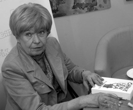Joanna Chmielewska na zdjęciu z 2006 r. Fot. PAP/ Szymon Pulcyn