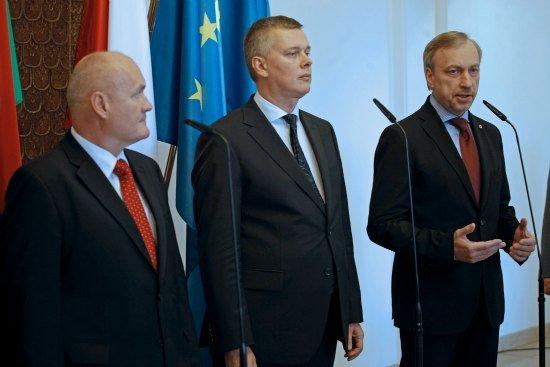 Podpisanie polsko - węgierskiej umowy o grobach żołnierzy i cywilnych ofiar wojen. fot.: Danuta Matloch