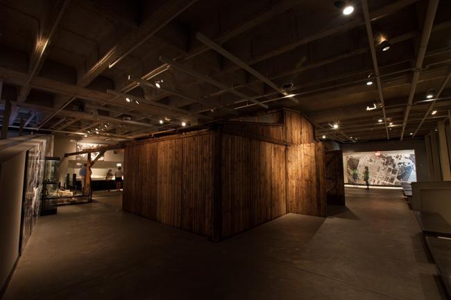Drewniany barak przez ponad 20 lat prezentowany był na ekspozycji w Waszyngtonie. Foto: ze zbiorów Muzeum Holokaustu w Waszyngtonie