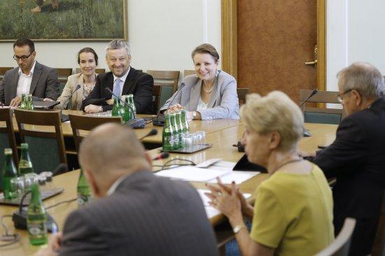 Posiedzenie sejmowej Komisji Kultury i Środków Przekazu z udziałem minister Małgorzaty Omilanowskiej. fot. Danuta Matloch