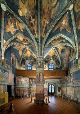 Lublin. Wnętrze kaplicy z bizantyńsko–ruskimi polichromiami Fot. P. Maciuk