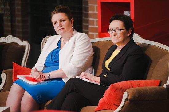 Premier Ewa Kopacz oraz minister Małgorzata Omilanowska na spotkaniu z organizatorami obchodów Europejskiej Stolicy Kultury 2016. Autor zdjęcia: Danuta Matloch
