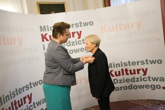 Na zdjęciu: Uroczyste wręczenie Medali Zasłużony Kulturze - Gloria Artis. autor zdjęcia: Danuta Matloch