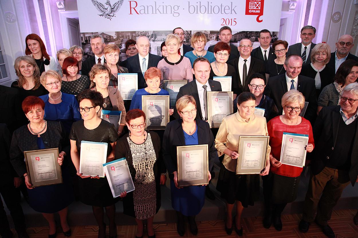 Na zdjęciu: Zwycięzcy tegorocznej edycji Rankingu Bibliotek. autor zdjęcia: B.Kuc/IK