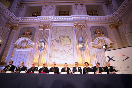 Na zdjęciu: Premiera oficjalnej strony internetowej obchodów 1050. Rocznicy Chrztu Polski. autor zdjęcia: Danuta Matloch