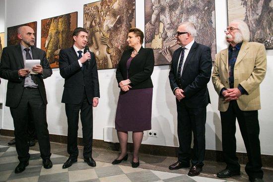 Otwarcie przez ministrów kultury Polski i Ukrainy wernisażu wystawy prac ukraińskiego artysty Iwana Marczuka w galerii Kordegarda. fot. Danuta Matloch