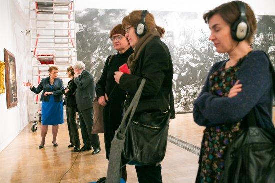 Minister Omilanowska obejrzała wystawę 6 marca br. fot. Danuta Matloch
