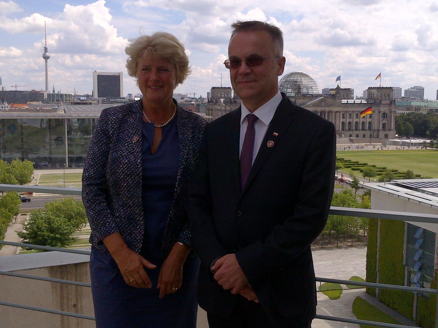 Na zdjęciu: Pełnomocnik Rządu ds. Kultury i Mediów  Monika Grütters oraz wiceminister KiDN Jarosław Sellin