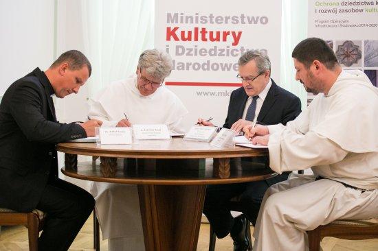 Na zdjęciu: Klasztor Ojców Paulinów Jasna Góra w Częstochowie