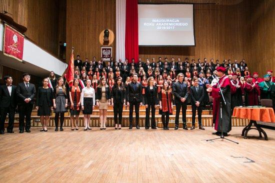 Na zdjęciu:  Uroczysta inauguracja nowego roku akademickiego 2016/2017 na Uniwersytecie Muzycznym Fryderyka Chopina w Warszawie. Autor zdjęcia: Danuta Matloch