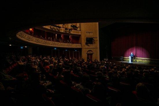 Teatr narodowy z Budapesztu w Warszawie