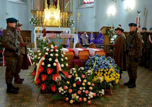 Pogrzeb szczątków 27 żołnierzy Wojska Polskiego poległych w walkach pod Lwowem we wrześniu 1939