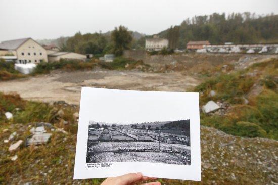 Na zdjęciu:  Plac apelowy KL Gusen