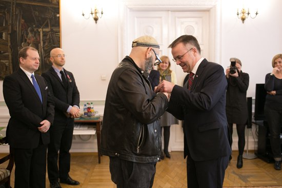na zdjęciu: Wręczenie Medali Zasłużony Kulturze Gloria Artis. fot. Danuta Matloch. autor zdjęcia: Danuta Matloch