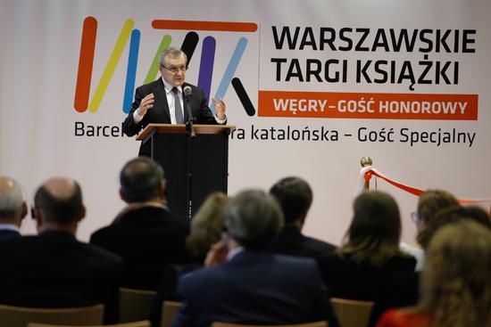 Na zdjęciu: Otwarcie VII Warszawskich Targów Książki. autor zdjęcia: Danuta Matloch
