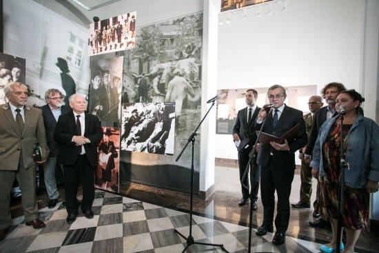 Na zdjęciu: Otwarcie wystawy Portrety Powstańców '44 w Galerii Kordegarda. Autor zdjęcia: Danuta Matloch