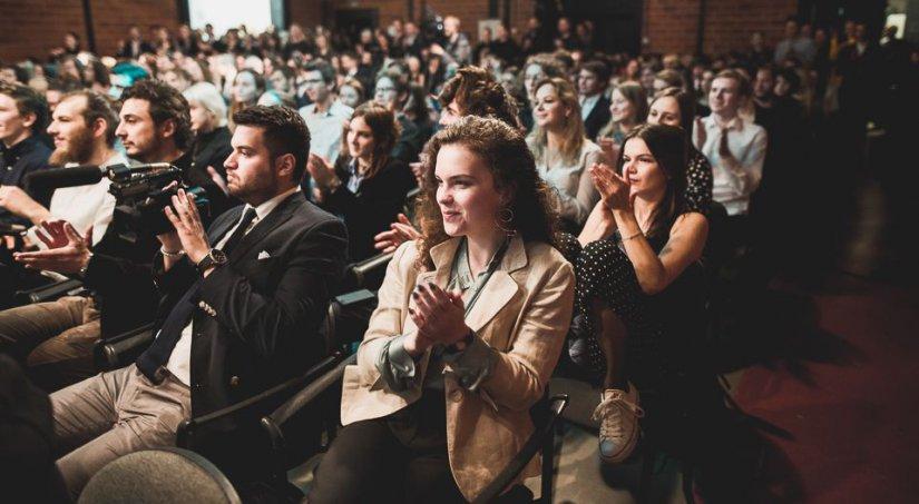 Na zdjęciu: Uroczysta inauguracja nowego roku akademickiego w Szkole Filmowej w Łodzi z udziałem wiceministra kultury Paweł Lewandowski. autor zdjęcia Filip Szkopiński