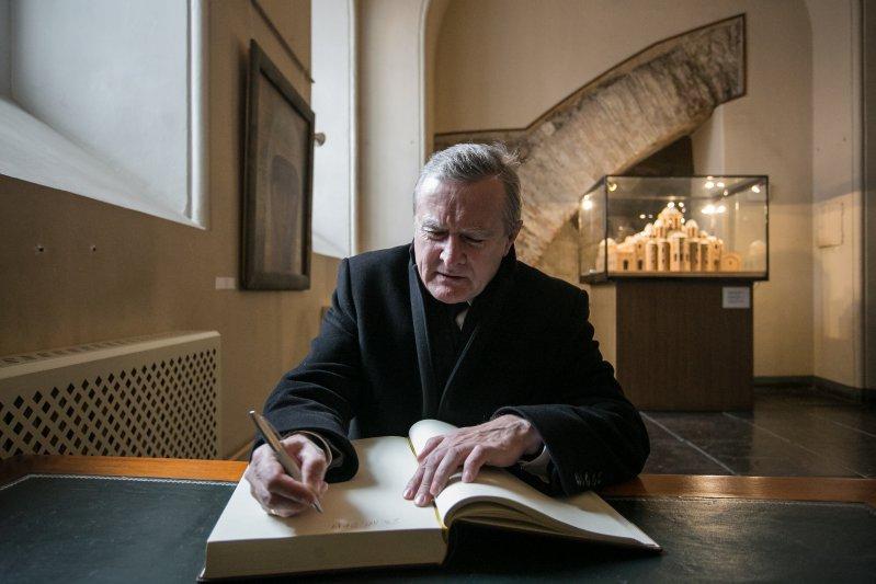 Minister Piotr Gliński w Soborze Mądrości Bożej. autor zdjęcia: Danuta Matloch