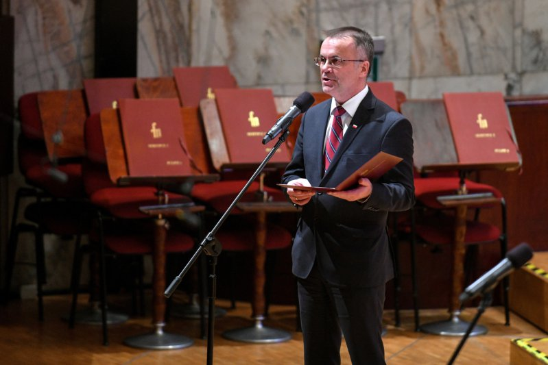 Na zdjęciu: Wiceminister Jarosław Sellin