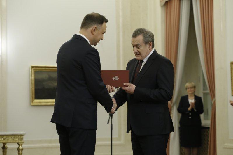 na zdjęciu: Uroczystość wręczenia powołania przewodniczącemu Komitetu ds. Pożytku Publicznego. autor zdjęcia: Danuta Matloch