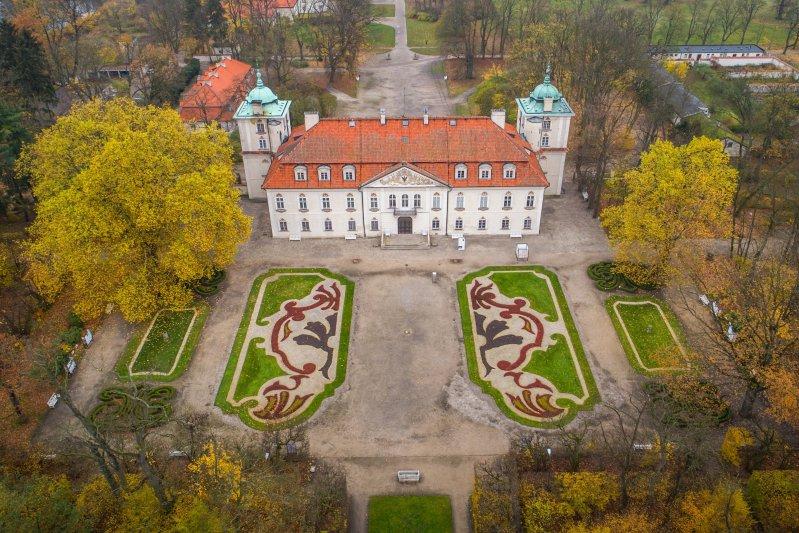 Na zdjęciu: Zabytek wpisany na listę Pomników Historii - Nieborów i Arkadia