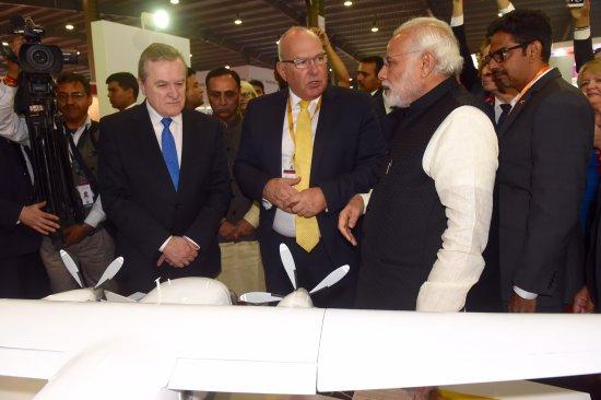 Na zdjęciu: Minister Gliński podczas wizyty w Indiach. Fot. Grzegorz Michałowski