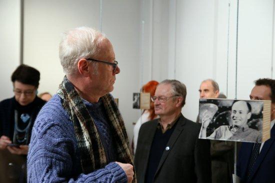 Na zdjęciu: Goście otwarcia wystawy Erwin Axer. Stulecie urodzin. 1917-2017