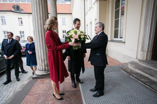 Na zdjęciu: prof. Piotr Gliński oraz para książęca Liechtensteinu, książę Alojzy i księżna Zofia