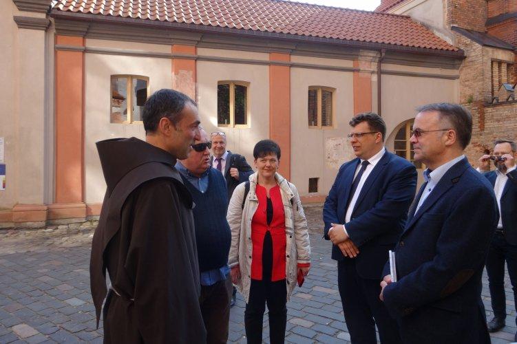 Na zdjęciu: Spotkanie w kościele bernardynów