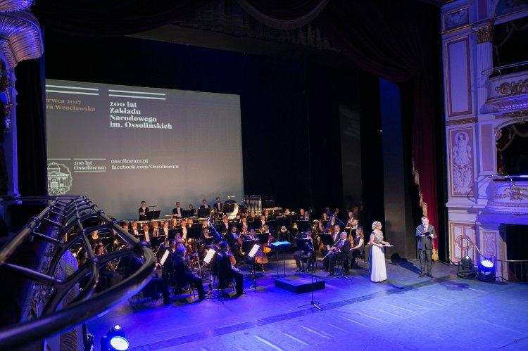 Na zdjęciu: uroczystości 200-lecia Zakładu Narodowego im. Ossolińskich