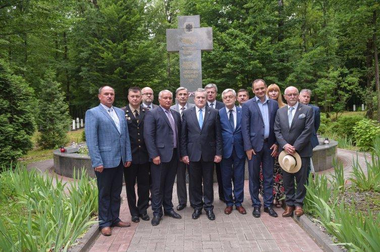 Na zdjęciu: wizyta wicepremiera,  ministra kultury i dziedzictwa narodowego prof. Piotra Glińskiego na Ukrainie