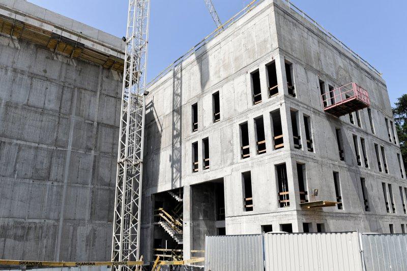 na zdjęciu plac budowy Archiwum narodowego w krakowie