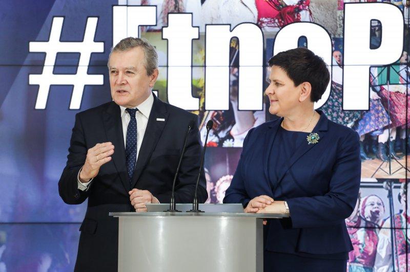 Na zdjęciu Wicepremierzy Piotr Gliński i Beata Szydło
