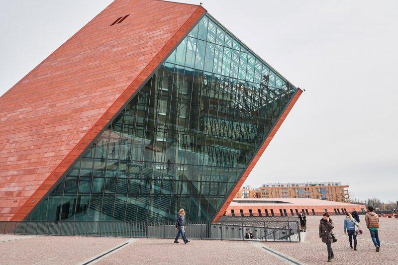 Na zdjęciu: Budynek Muzeum II Wojny Światowej