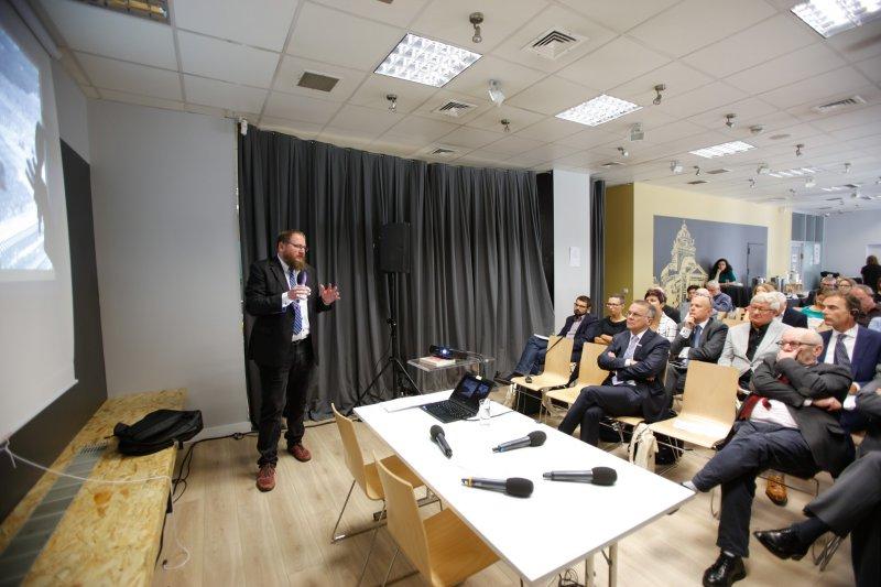Na zdjęciu uczestnicy konferencji w ŻIH.