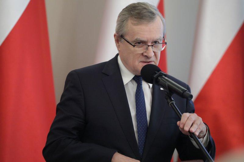 Wicepremier Piotr Gliński przemawia podczas uroczystości w Belwederze.