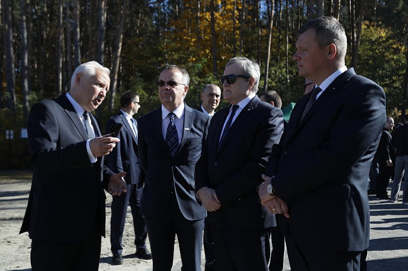 Na zdjęciu: Uroczystości z okazji dnia pamięci o ofiarach i bohaterach z Sobiboru