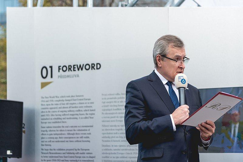 Na zdjęciu: Wicepremier Gliński w Pradze