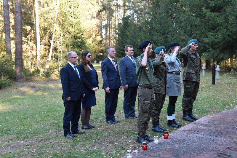 na zdjęciu delegacje z Polski i Izraela