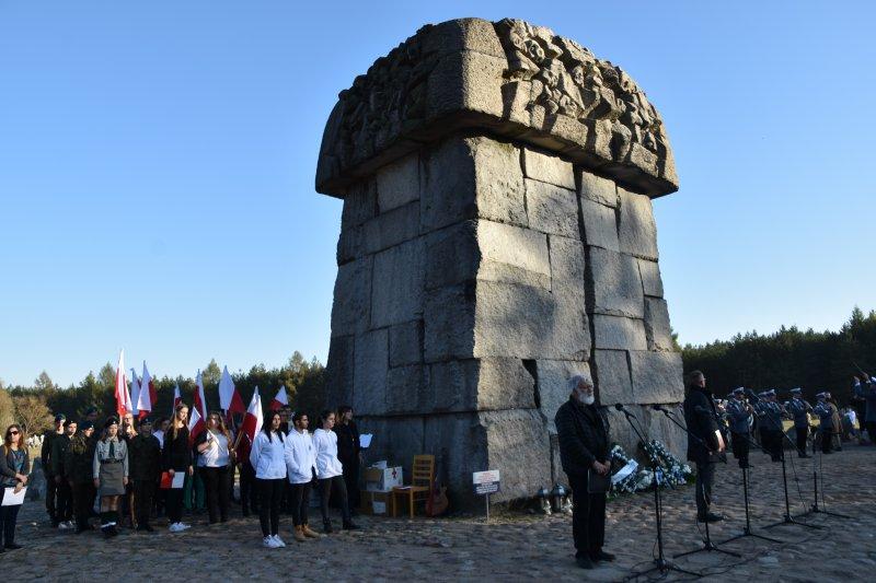 na zdjęciu Pomnik Ofiar Obozu Zagłady w Treblince