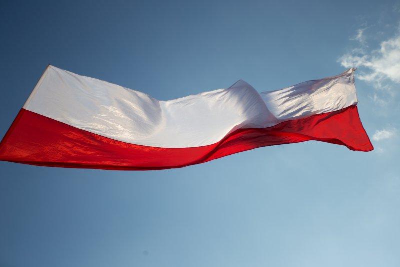 Na zdjęciu: Flaga Polski