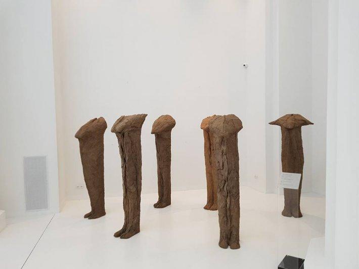 wystawa prac Magdaleny Abakanowicz w  Muzeum Narodowym we Wrocławiu