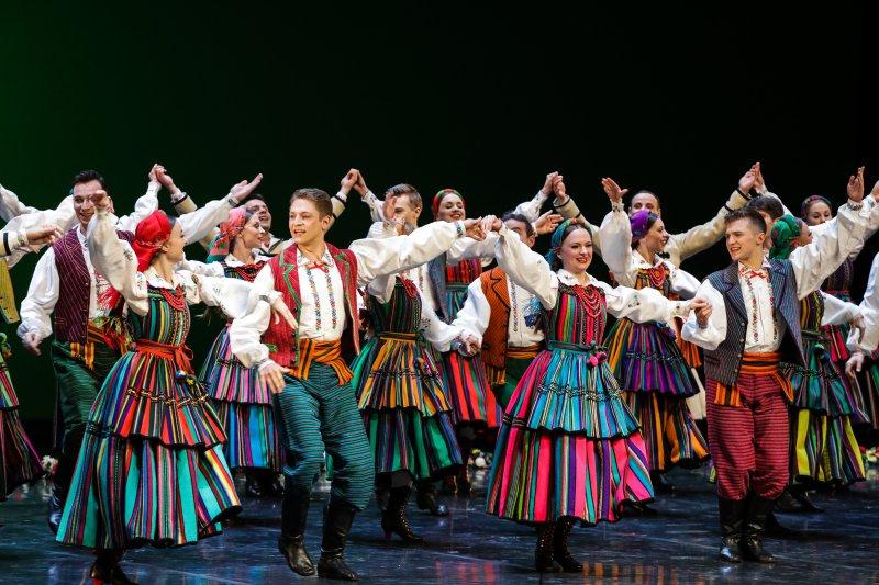 na zdjęciu gala w Teatrze Wielkim - Operze Narodowej - koncert Mazowsze - Niepodległej. autor zdjęcia Danuta Matloch